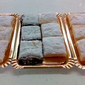 dulces-con-lactosa-polvorones-chocolate-y-crema-sin-gluten